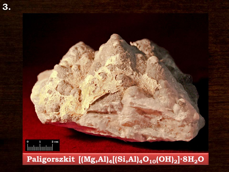 Paligorszkit [(Mg,Al)4[(Si,Al)4O10(OH)2]∙8H2O